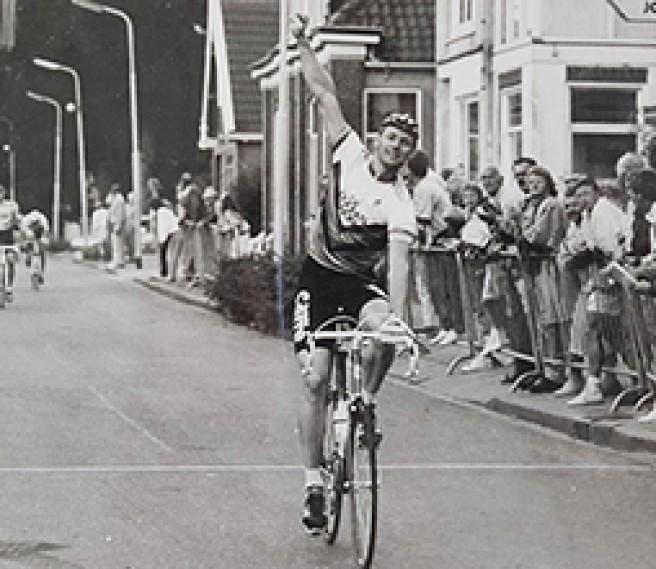 Over wielrennen en als een malle door je kantoor springen...